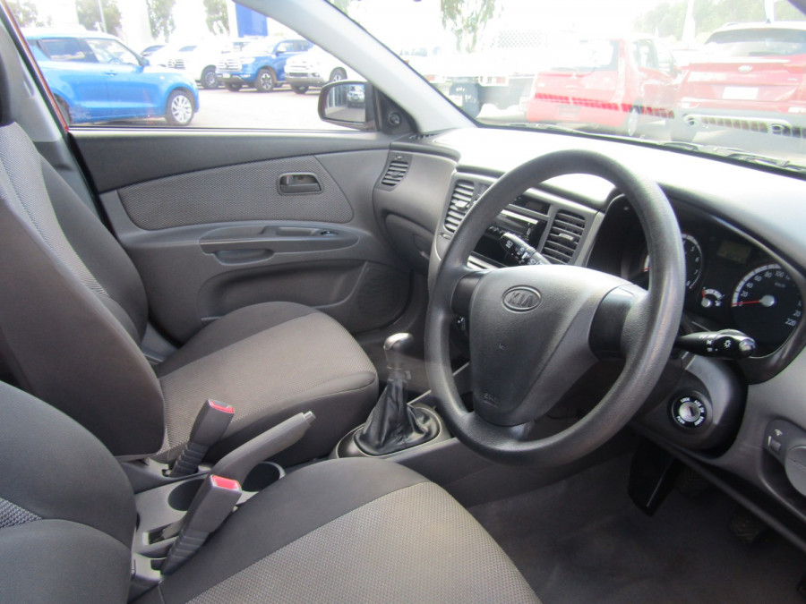 2009 Kia Rio JB MY09 LX Hatchback Image 12