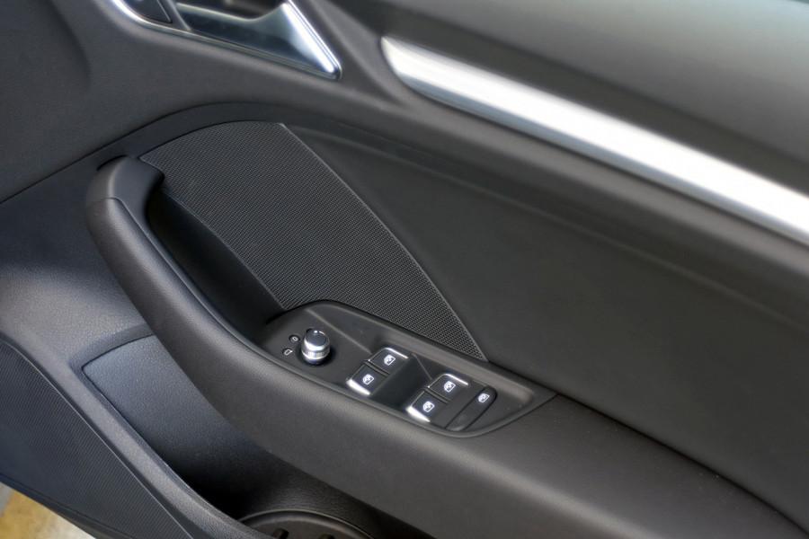 2019 Audi A3 35 S-line 1.4L TFSI S-tronic (CoD) 110kW Sedan
