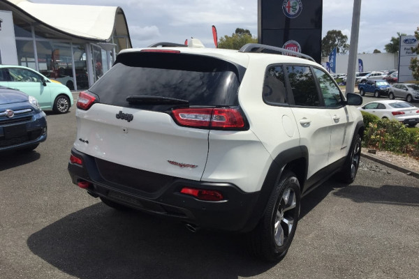 2017 MY18 Jeep Cherokee KL Trailhawk Suv