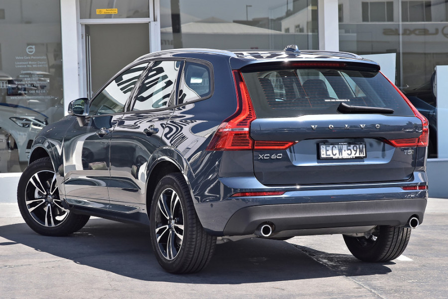 2019 Volvo XC60 UZ T5 Momentum Suv Mobile Image 2