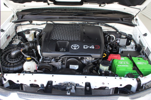2013 MY12 Toyota HiLux KUN26R MY12 WORKMATE Cab chassis Image 4