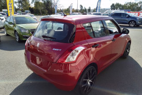 2012 Suzuki Swift FZ GA Hatchback Image 5