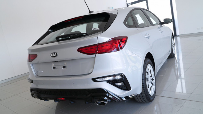 2020 Kia Cerato Hatch BD S with Safety Pack Hatchback Image 30