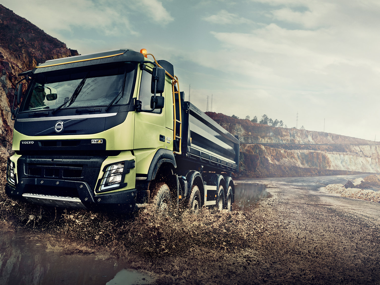 Volvo FMX ALL-WHEEL DRIVE