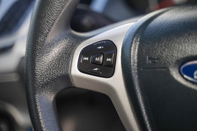 2012 Ford Fiesta WT CL Hatchback Image 7