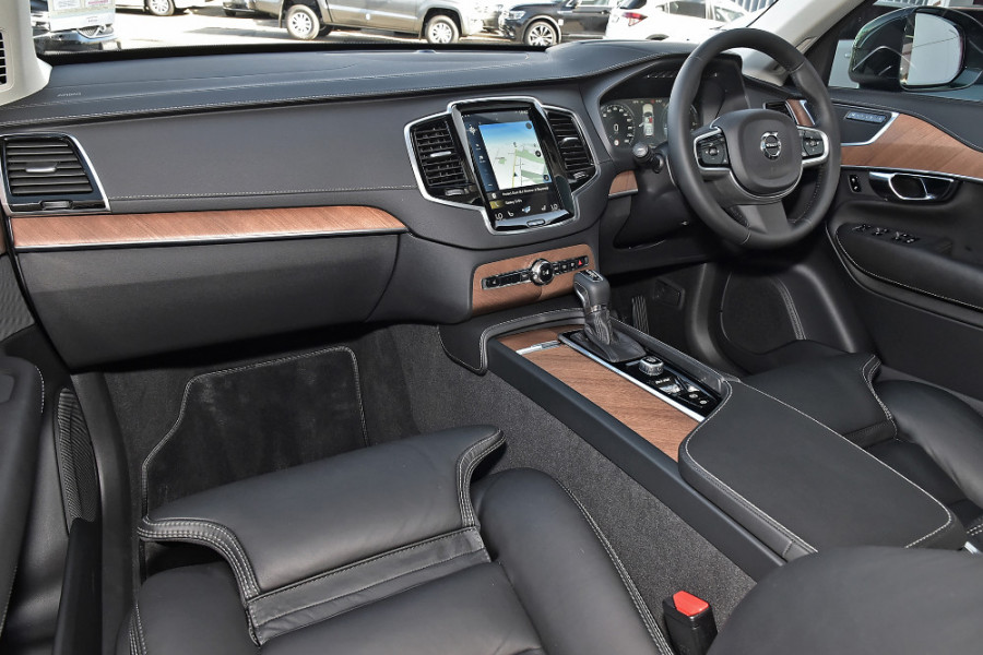 2019 Volvo XC90 L Series D5 Inscription Suv Mobile Image 8
