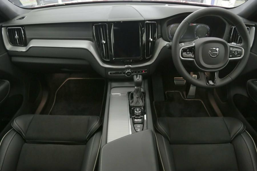 2018 MY19 Volvo XC60 UZ D5 AWD R-Design Suv
