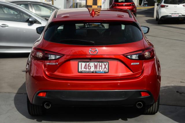 2016 Mazda 3 Hatchback Image 4