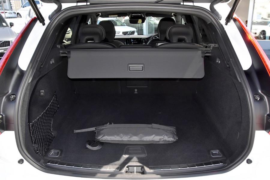 2020 Volvo XC60 UZ D5 R-Design Suv Image 17