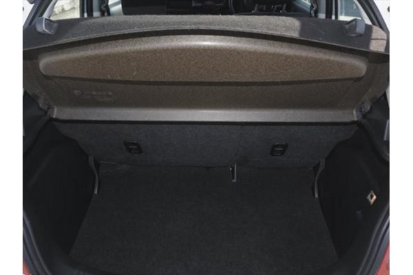 2011 Mazda 2 DE Series 2 MY12 Neo Hatchback Image 3
