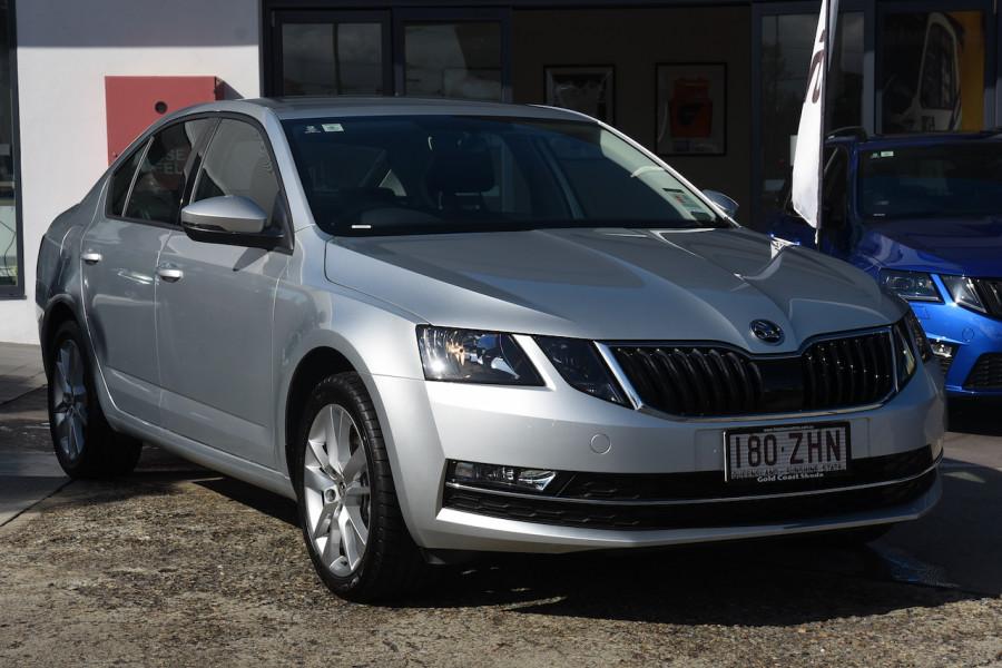 2019 Skoda Octavia NE Sedan Sedan Image 1