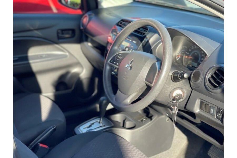 2018 Mitsubishi Mirage LA MY18 ES Hatchback