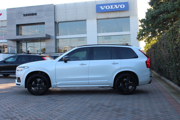 2017 MY18 Volvo XC90 Vehicle Description. L  MY17 D5 R-DESIGN WAG GEAR 8SP 2.0DTT D5 Suv Image 5