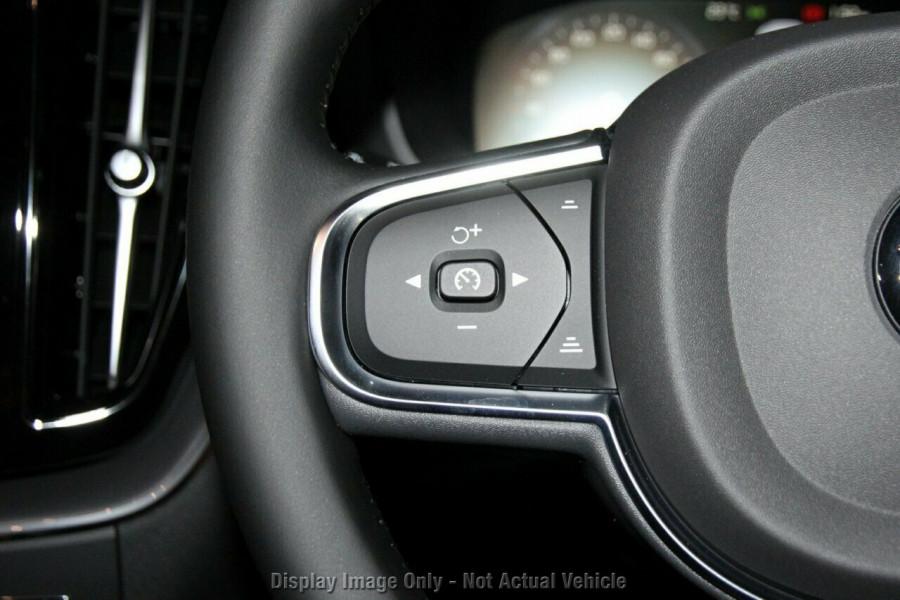 2019 MY20 Volvo XC60 UZ D4 Momentum Suv Image 14