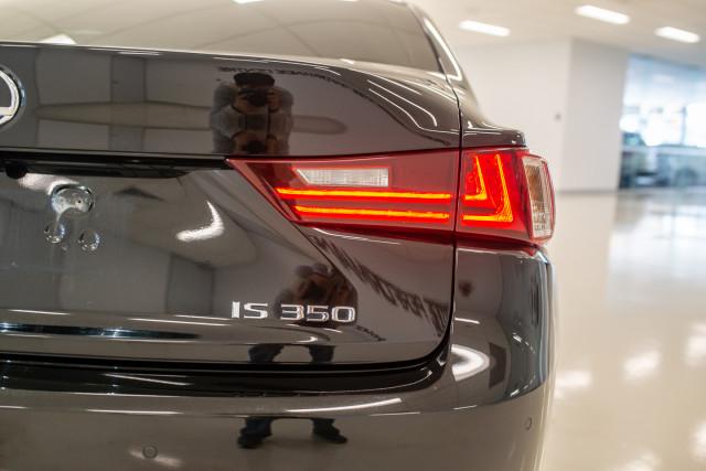 2016 Lexus Is GSE31R 350 F Sport Sedan Image 14