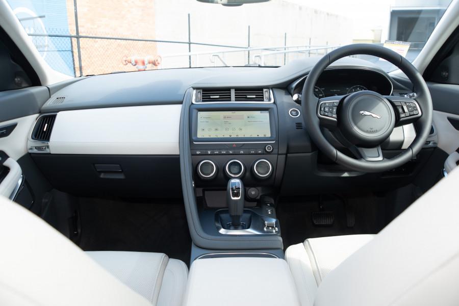 2019 Jaguar E-PACE X540 E-PACE Suv Mobile Image 10
