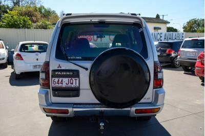 2002 Mitsubishi Pajero NM MY02 GLS Suv Image 4
