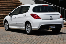 2011 MY12 Peugeot 308 T7 MY12 Active Hatchback Image 3