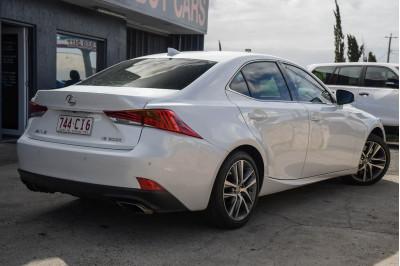 2017 Lexus Is ASE30R IS200t Luxury Sedan Image 4