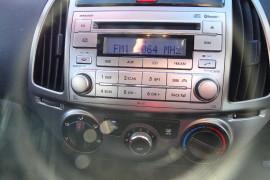 2013 Hyundai i20 PB Active 3 door Hatchback