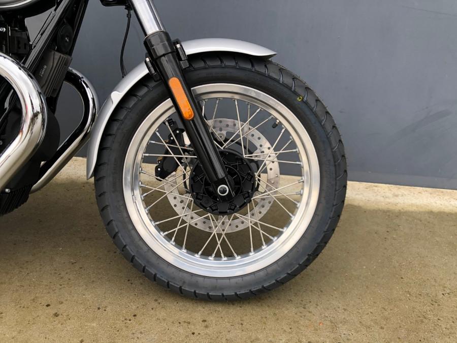 2020 Moto Guzzi V7 Special III Motorcycle Image 5