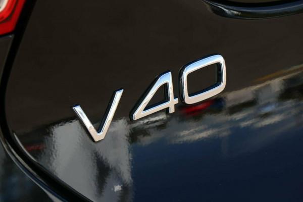 2015 Volvo V40 Wagon Image 5