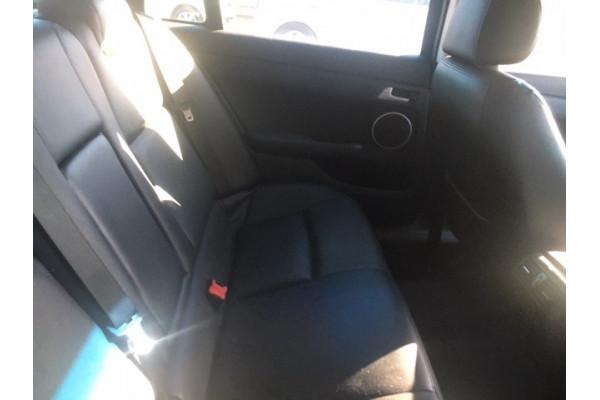 2011 Holden Berlina VE II INTERNATIONAL Wagon Image 5