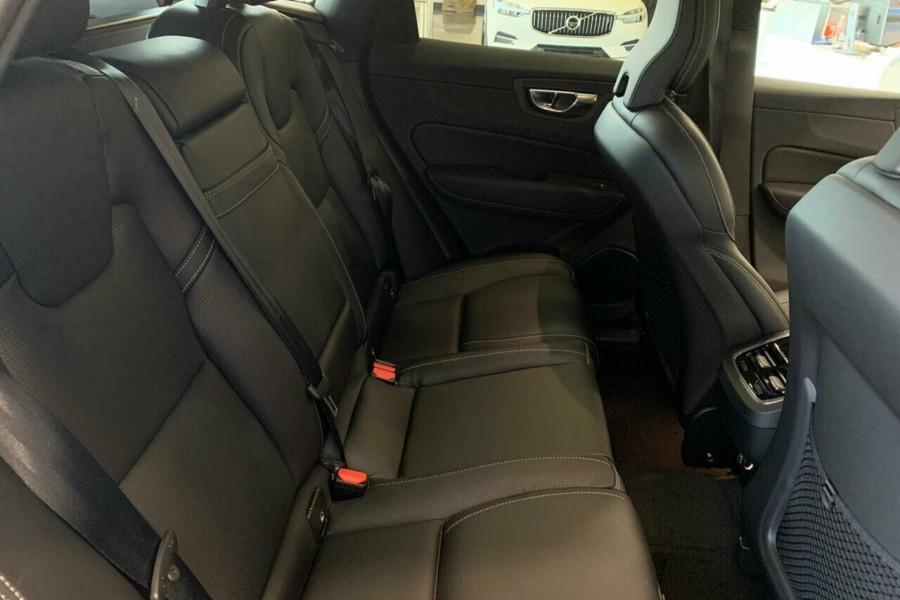 2018 Volvo XC60 UZ D4 Inscription (AWD) Suv Mobile Image 17