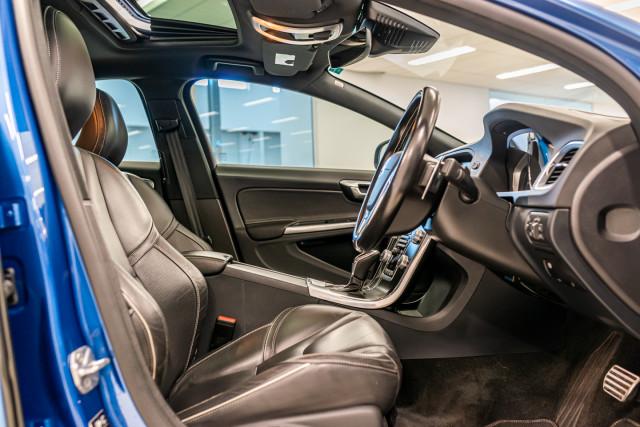2016 MY17 Volvo S60 F Series T6 R-Design Sedan Image 19