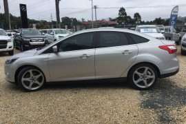 2011 Ford Focus LW Titanium Sedan