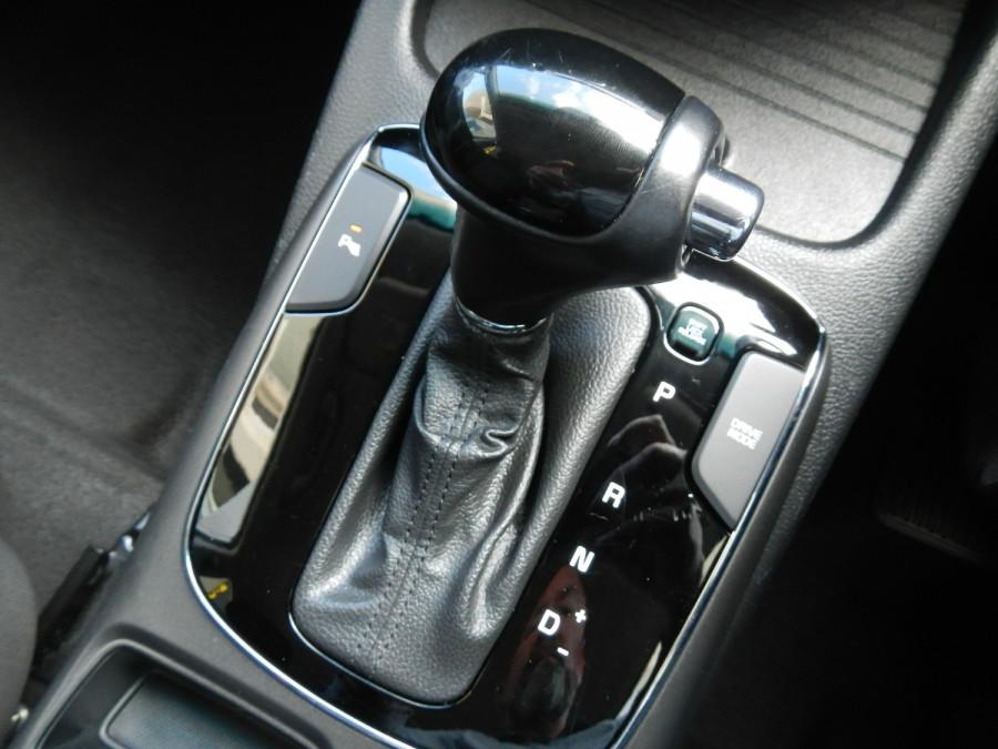 2016 MY17 Kia Cerato YD MY17 S Premium Sedan Image 14