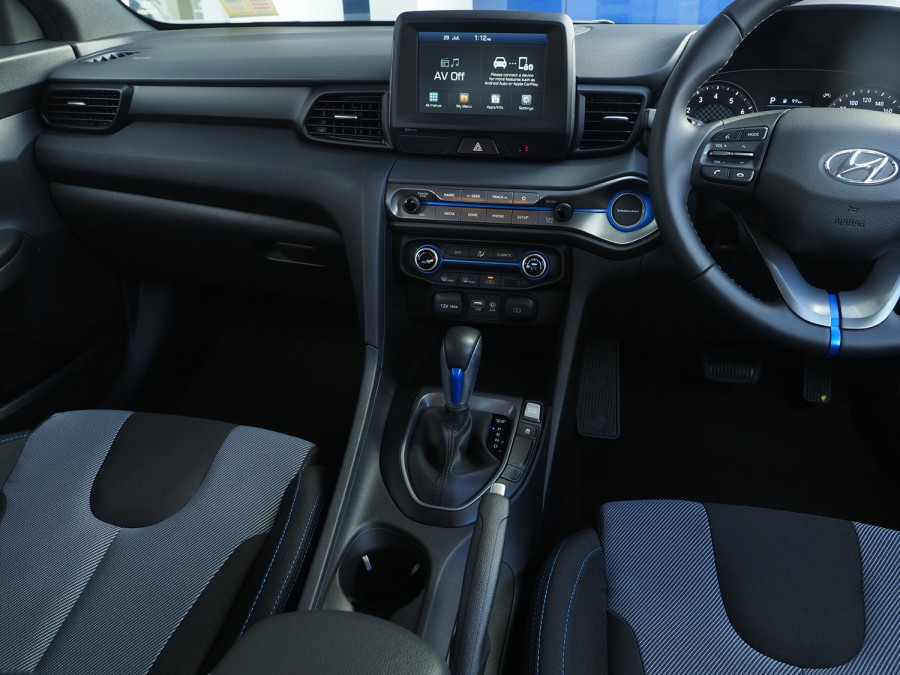 2019 MY20 Hyundai Veloster JS Veloster Coupe Image 9