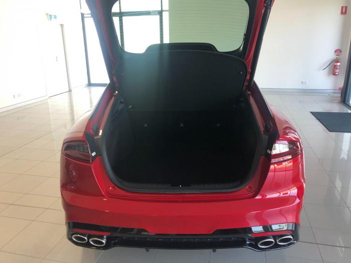 2017 MY18 Kia Stinger CK GT Sedan Image 8