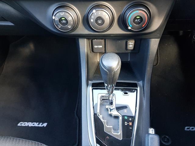 2015 Toyota Corolla ZRE172R Ascent Sedan