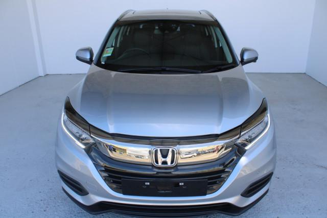 2021 Honda HR-V VTi-LX Suv Image 2