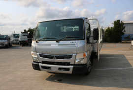 Fuso Canter 515 Wide Tradesman Tray FREE SERVICING + INSTANT ASSET WRITE OFF 515 WIDE CAB SILVER TRADIE TRAY