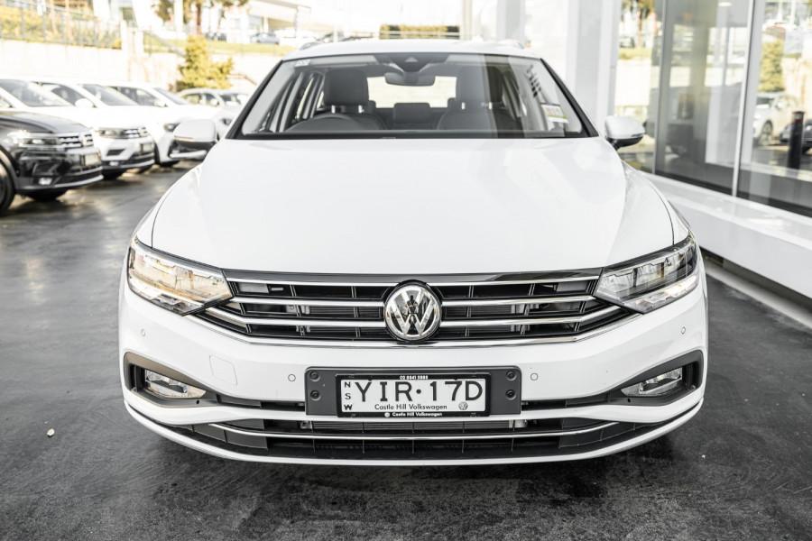 2020 Volkswagen Passat B8 140 TSI Business Wagon Image 2