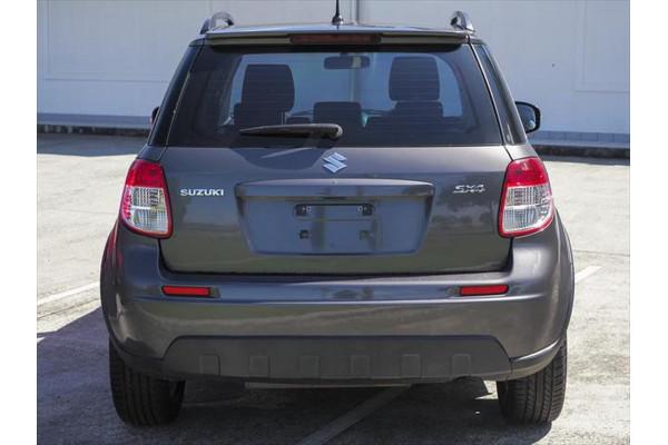 2013 Suzuki Sx4 GYA MY13 Crossover S Hatchback Image 2