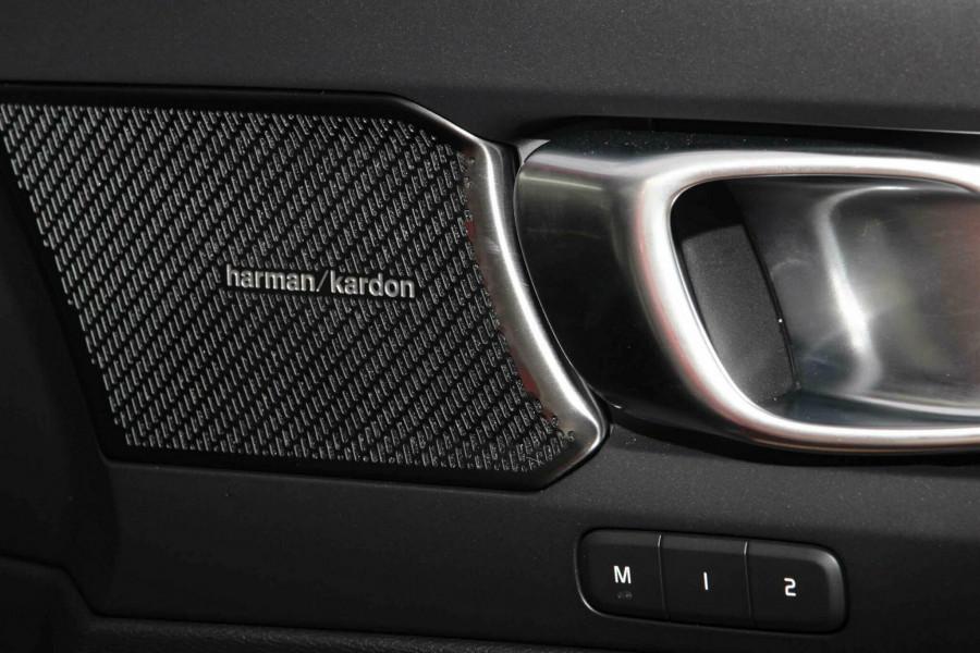 2019 Volvo XC60 UZ T6 R-Design Suv Mobile Image 16