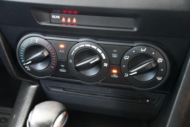 2014 Mazda 3 BM5478 Neo Hatch Image 15