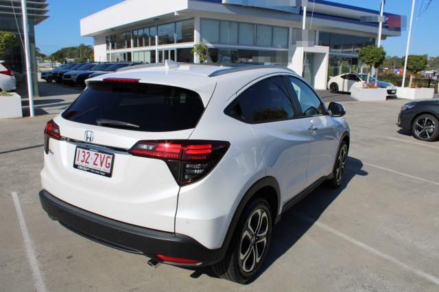 2020 Honda HR-V VTi-LX Suv Image 5