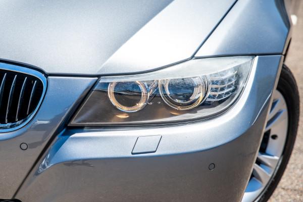 2009 BMW 3 Series E90  320i Executive Sedan