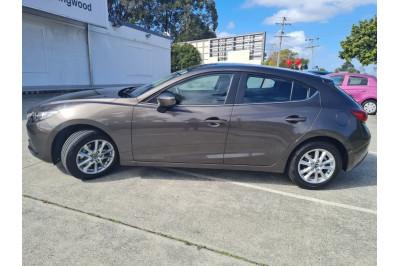 2016 Mazda 3 BM Series Maxx Hatchback Image 3