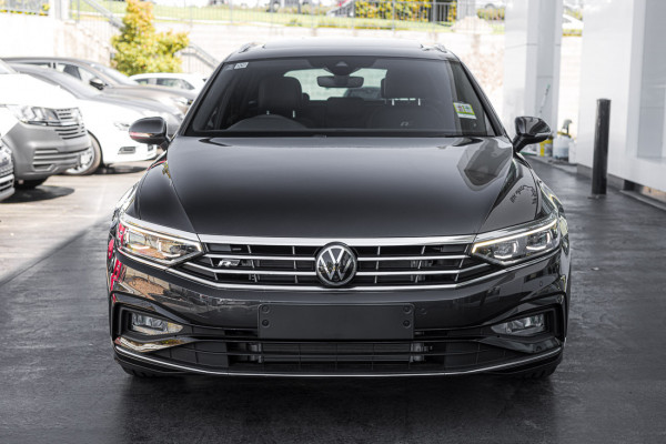 2021 Volkswagen Passat B8 162TSI Elegance Wagon Image 3