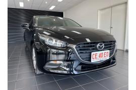 2016 Mazda 3 BM5276 Neo Sedan Image 2
