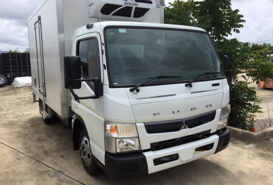 2017 Fuso Canter Fridge Truck WIDE CAB 515 Wide Cab Refrigerated truck