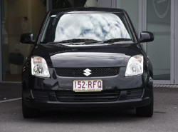2010 Suzuki Swift RS415 RS415 Hatchback Image 2