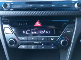2017 MY18 Hyundai Elantra AD MY18 SR Sedan