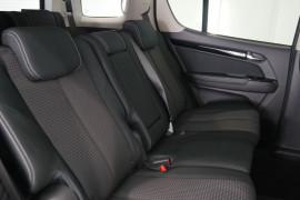 2019 Isuzu UTE MU-X LS-U 4x4 Wagon Image 5