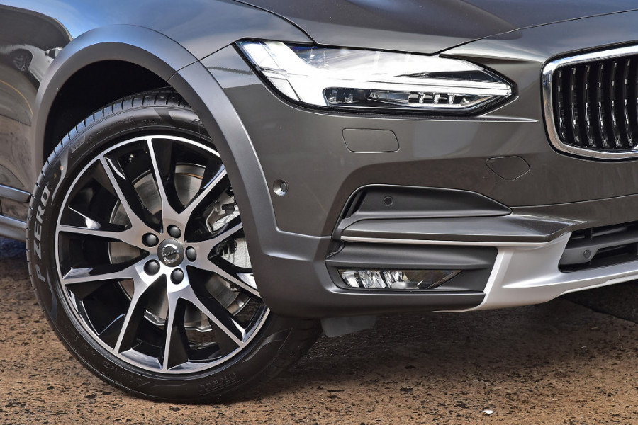 2019 MY20 Volvo V90 Cross Country D5 Wagon Image 7